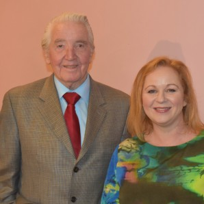 Judith Cummins welcomes Dennis Skinner to Bradford South for fundraising dinner